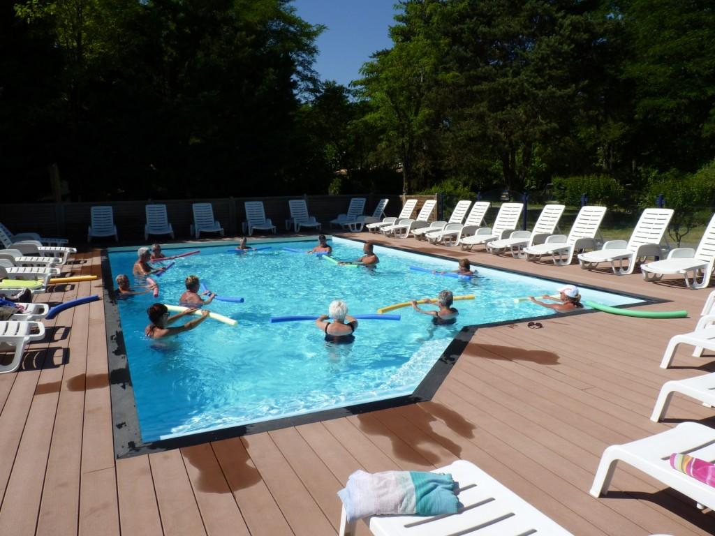 la piscine réservée aux adultes